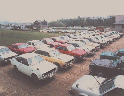 7周年の頃の商品車置場(ストックヤード)